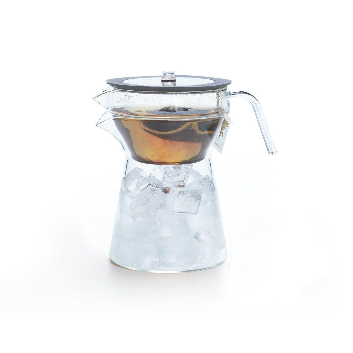 Glaskrug für Eistee-Zubereitung